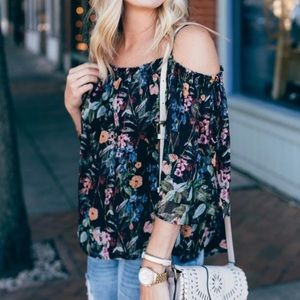 NWT H&M Off the Shoulder Floral Top